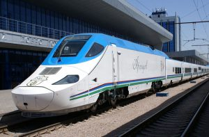Поезд в Ташкенте